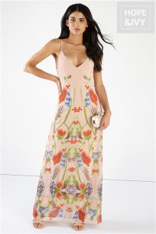 Hope & Ivy Printed Maxi Dress