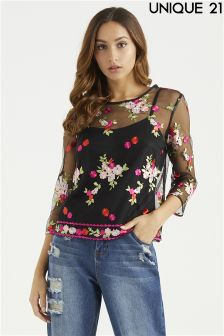 Unique 21 Embroidered Top With Cami
