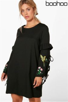 Boohoo Plus Embroidered Shift Dress