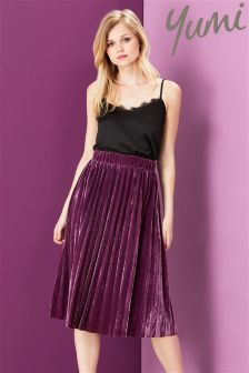 Yumi Velvet Pleated Skirt