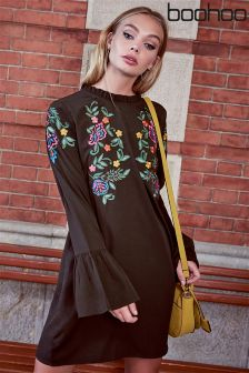 Boohoo Embroidered Frill Collar Shift Dress