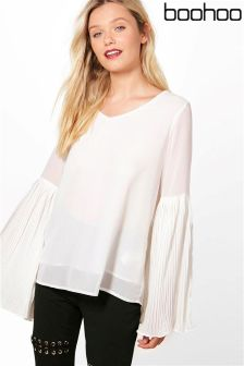Boohoo Pleated Flare Cuff Blouse