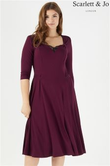 Scarlett & Jo Lace Sweetheart Tab 40s Dress