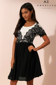 Angeleye Black And White Lace Skater Dress