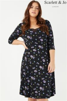 Scarlett & Jo Daisy Print Shift Dress