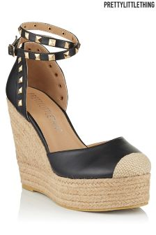 PrettyLittleThing Studded Wedge