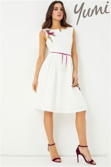 Yumi Bonded Lace Embroidered Party Dress
