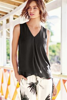 Sleeveless Layer Top